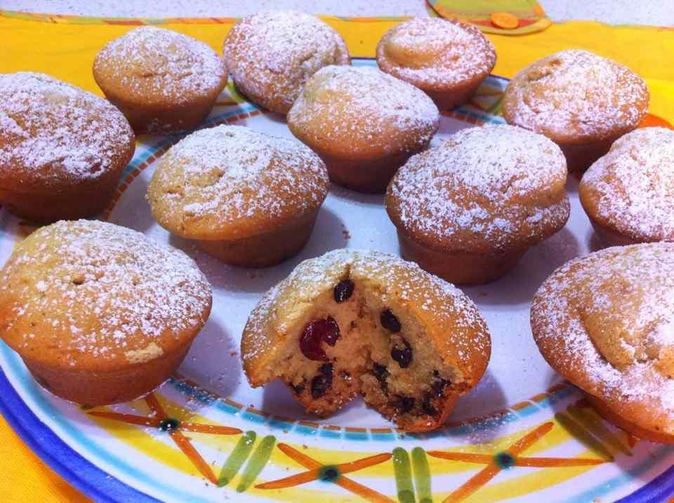 Muffin con cioccolato e mix di frutta secca