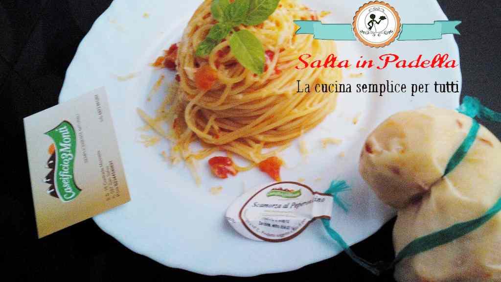 Ricetta: Spaghetti con Pomodoro fresco e scamorza al peperoncino
