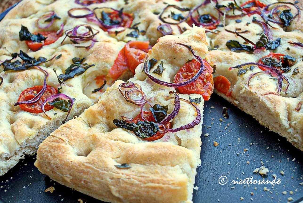 Ricetta: Pizzapane ovvero come ti utilizzo un esubero di pasta madre