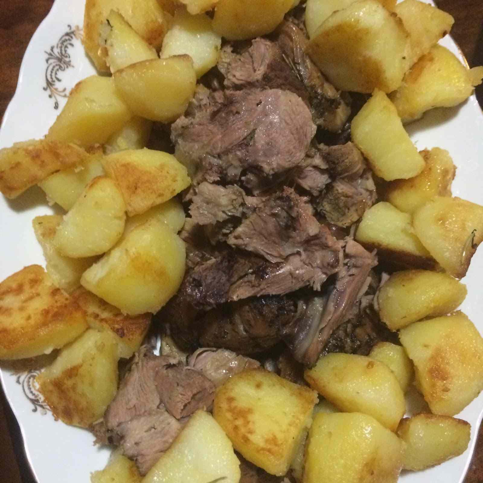 Ricetta: Spalla di agnello al forno con patate