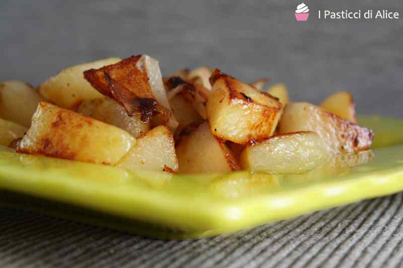 Ricetta: Patate e cipolle in padella