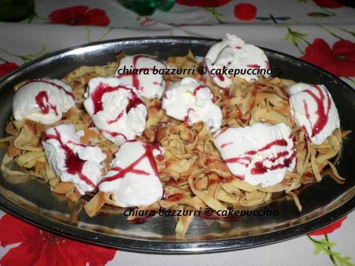 Tagliatelle di crepes con gelato