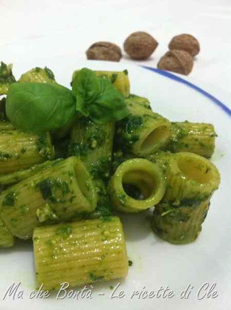 Ricetta: Pesto di rucola e basilico