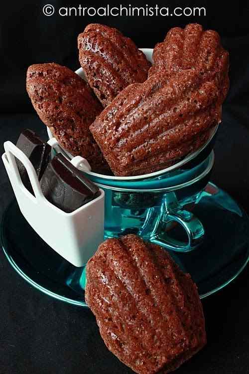 Ricetta: Madeleine al cioccolato e fior di sale