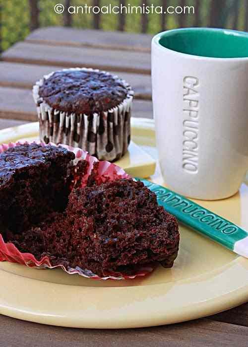 Ricetta: Muffins al Cioccolato con Quark e Gelatine alla Ciliegia