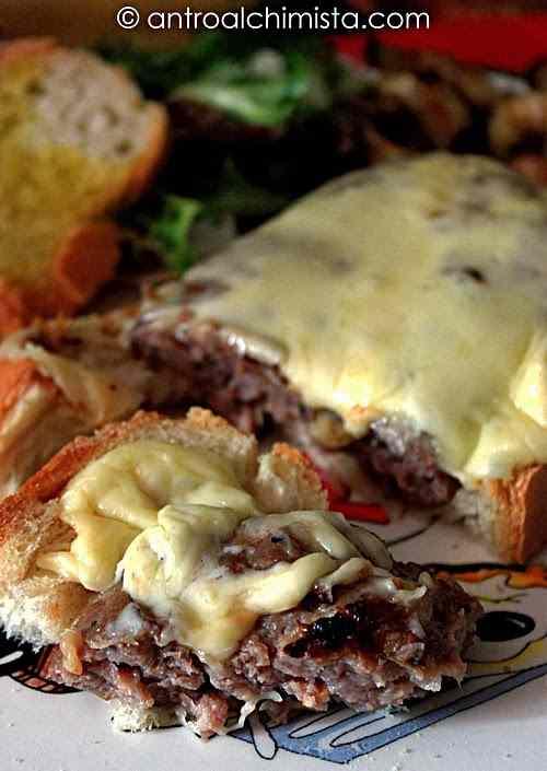 Ricetta: Bruschetta con salsiccia e pecorino