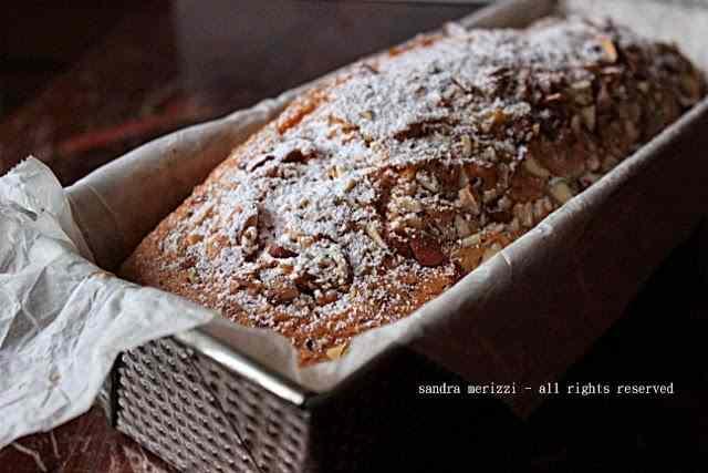 Ricetta: Plum cake alle mandorle