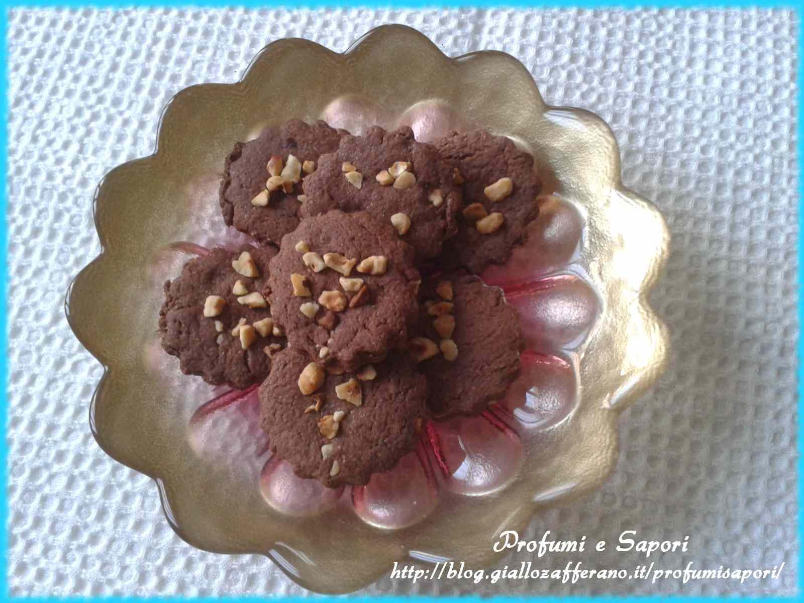 Ricetta: Frollini al cacao e nocciole