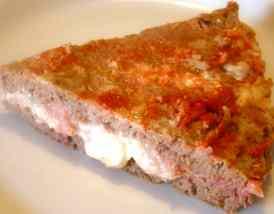 Pizza di macinato ripiena