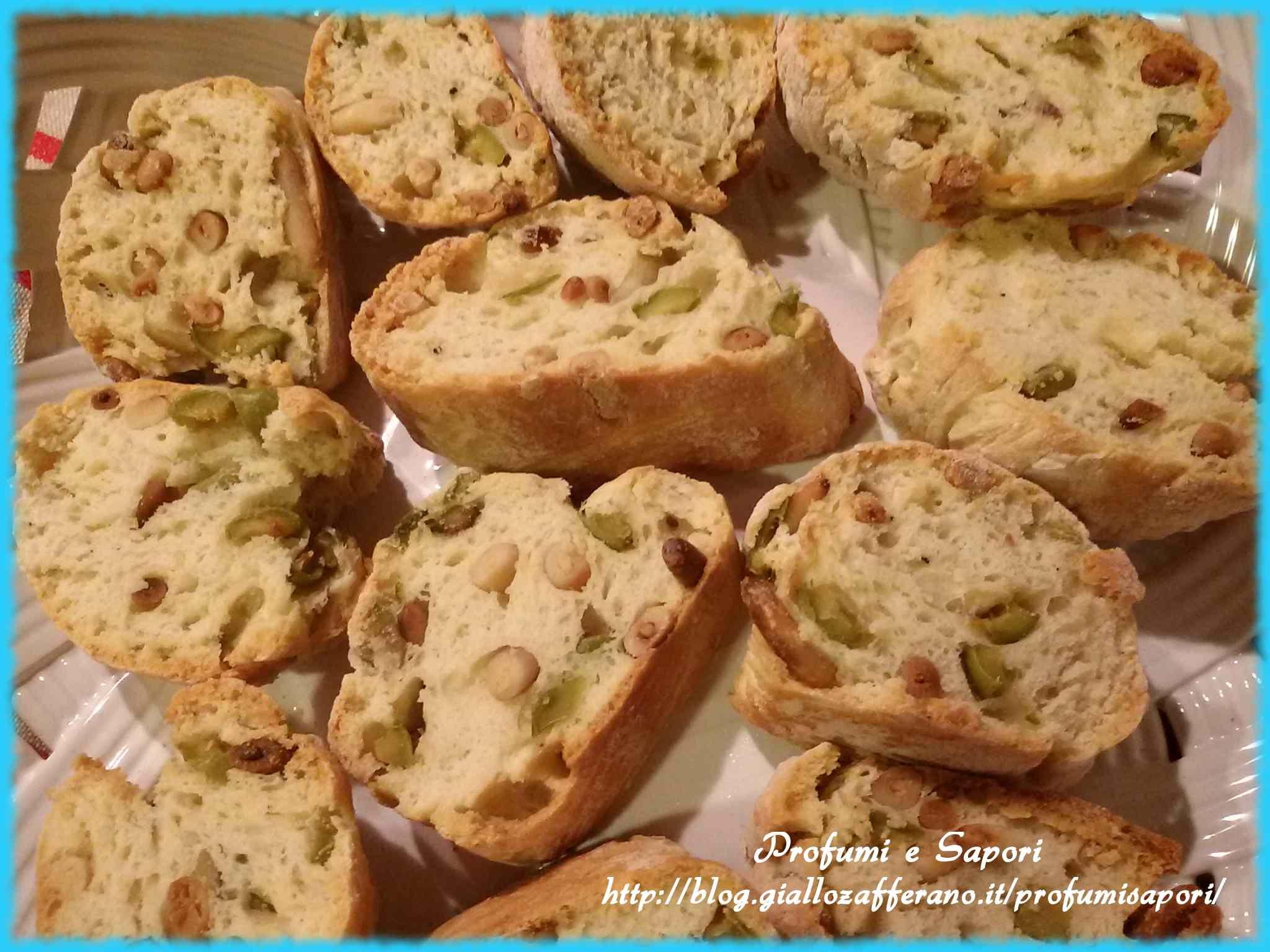 Ricetta: Cantucci salati alle olive