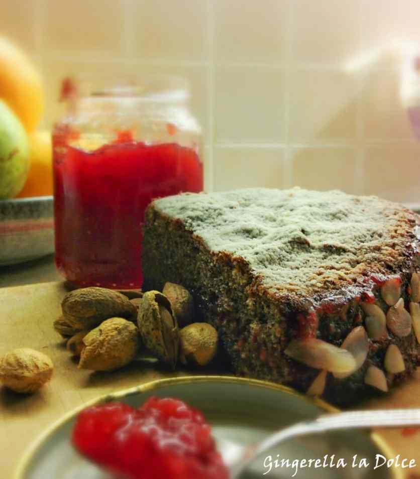 Ricetta: Torta di grano saraceno e marmellata di lamponi