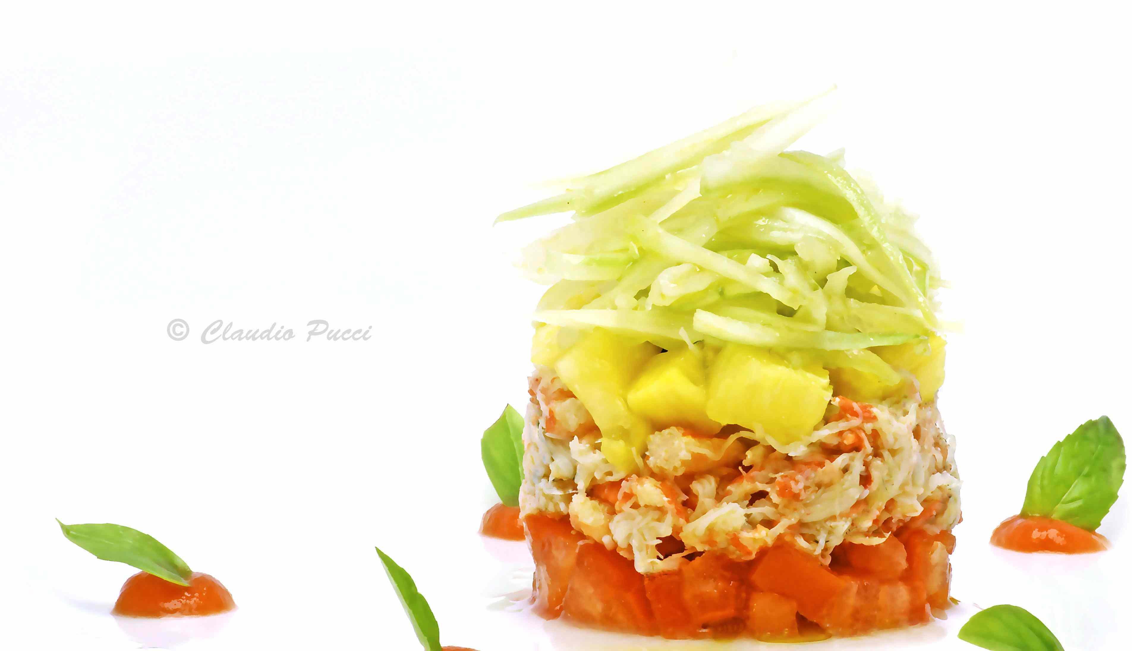 Ricetta: Insalata di polpa di granchio com pomodoro,ananas e sedano