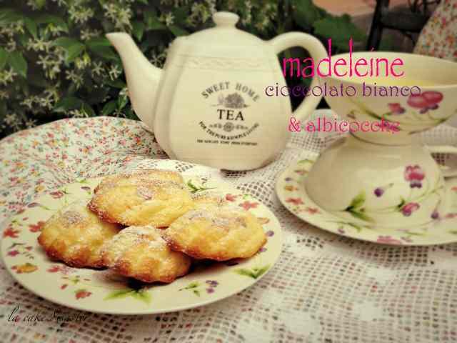 Ricetta: Madeleine cioccolato bianco e albicocche