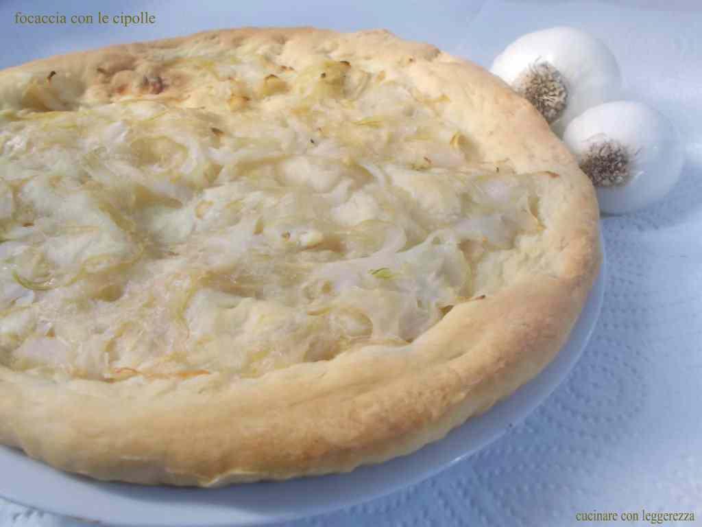Ricetta: Focaccia con le cipolle lievito madre
