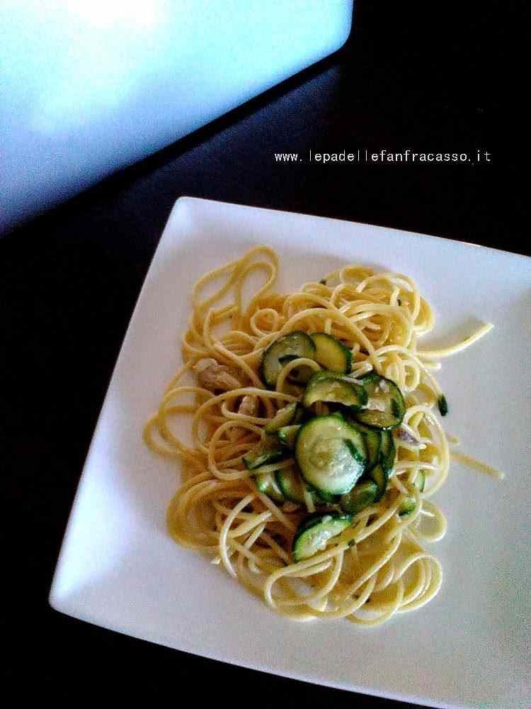 Ricetta: Spaghetti zucchine e sgombro piatto veloce