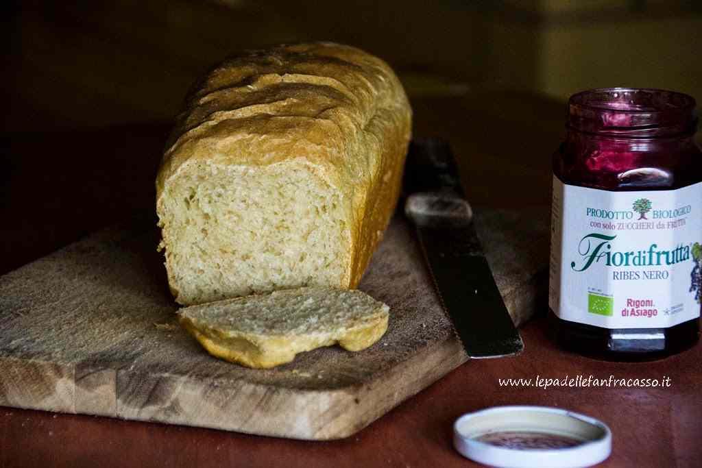 Ricetta: Pan bauletto nel fornetto estense