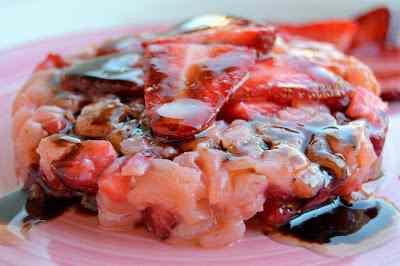 Ricetta: Tartare di salmone, fragole e balsamico