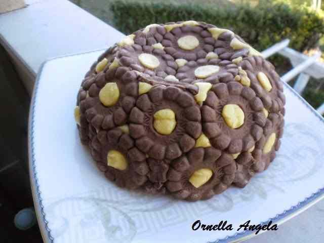 Ricetta: Cupola di biscotti e crema allo zabaione ... e buon compleblog!