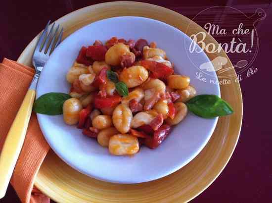 Ricetta: Gnocchi con peperoni e mozzarella (Pepperoni and mozzarella gnocchi)