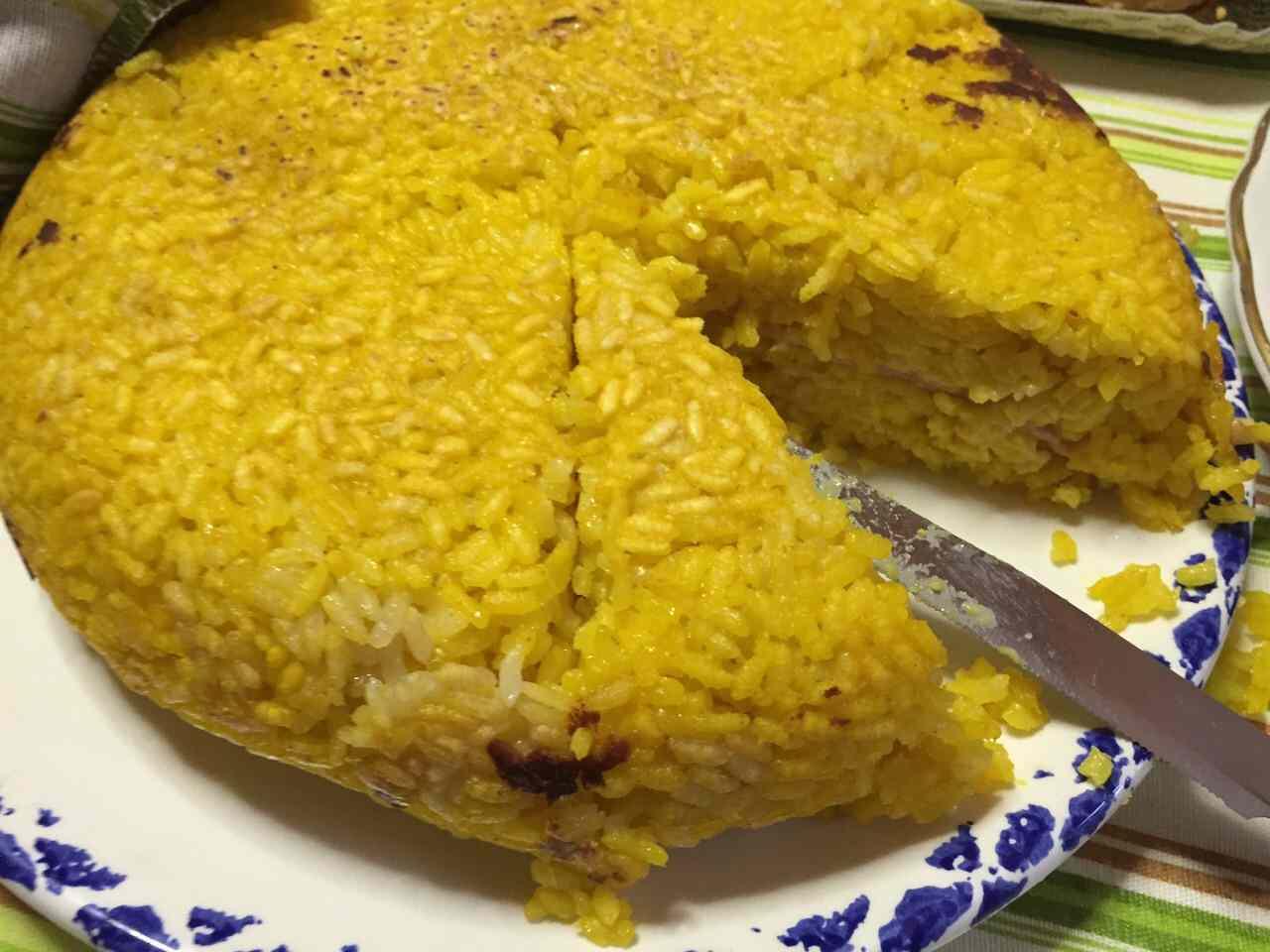 Ricetta: Torta di riso giallo