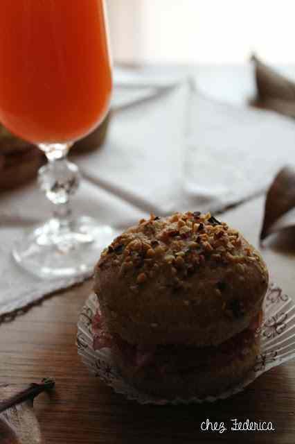 Muffin integrali con frutta secca