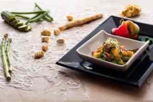 Ricetta: Gnocchi al curry con le verdure dell'orto