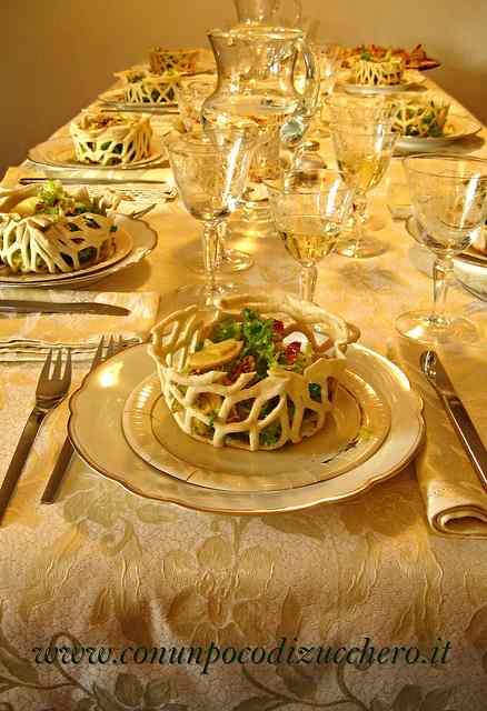 Ricetta: Cestini croccanti di insalata affumicata
