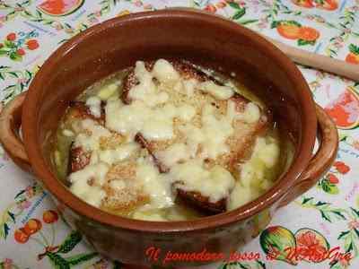 Ricetta: Zuppa di cipolle - Soupe a l'onion