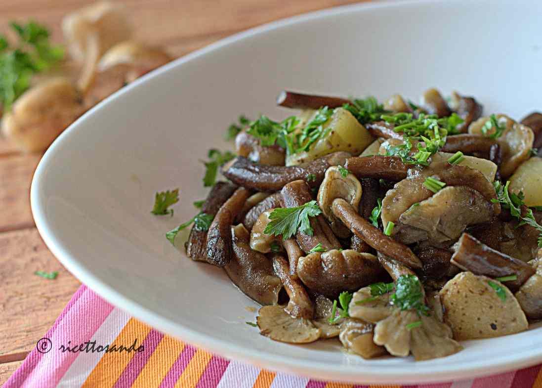 Ricetta: Chiodini trifolati con patate