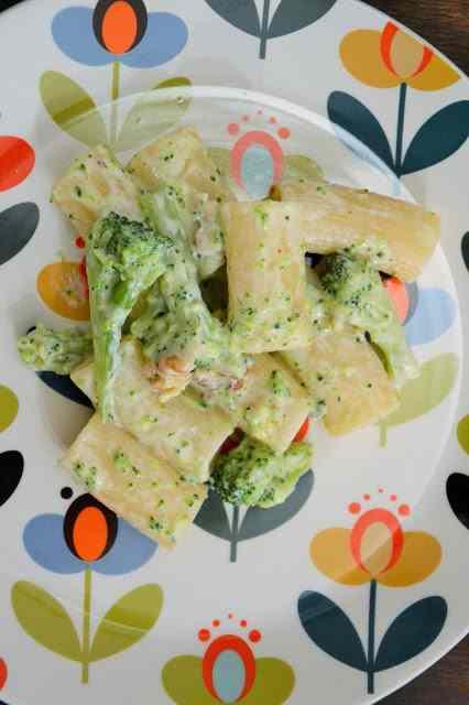 Ricetta: Pasta broccoli, gorgonzola e noci