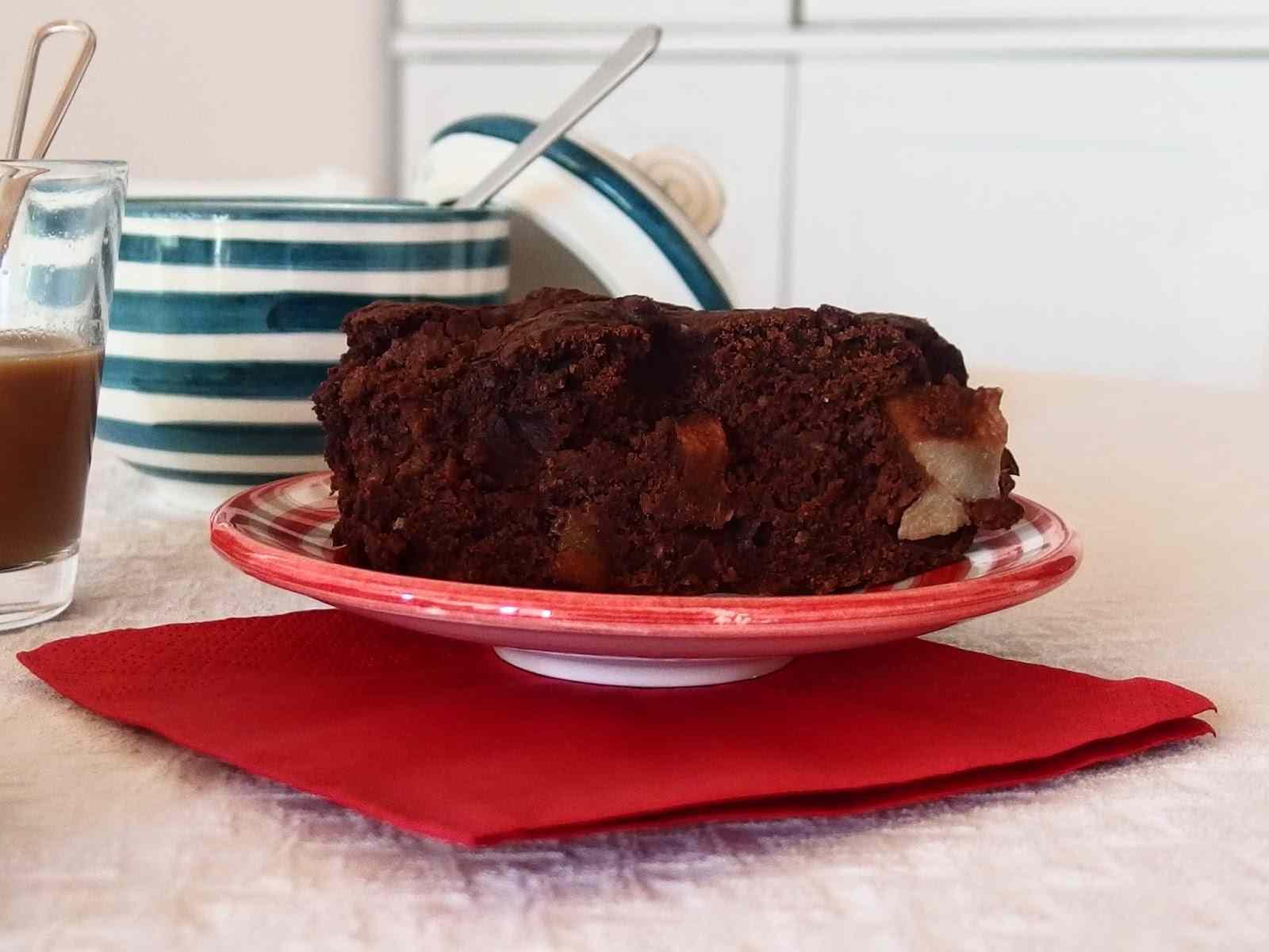 Torta vegan cioccolato e pere