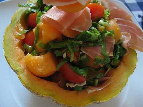 Ricetta: Insalata con prosciutto crudo e melone