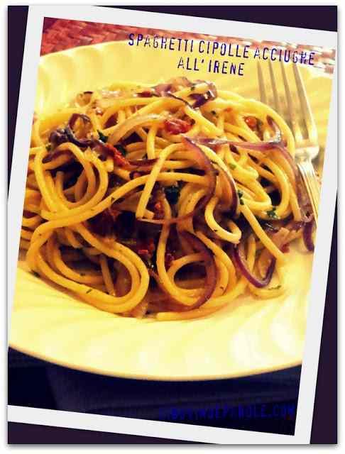 Ricetta: Spaghetti cipolle acciughe all' Irene