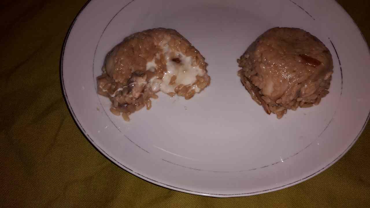 Ricetta: Timballi di riso ai porcini con cuore di taleggio