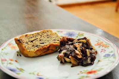 Ricetta: Cake salato con farina di castagne, radicchio e gorgonzola