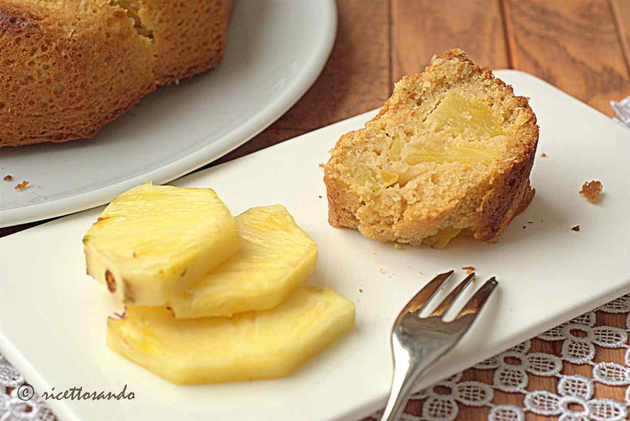 Ricetta: Ciambella all'ananas con cereali e yogurt