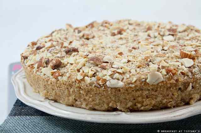 Ricetta: Torta vegan allo yogurt alle mandorle / Almond yogurt vegan cake recipe