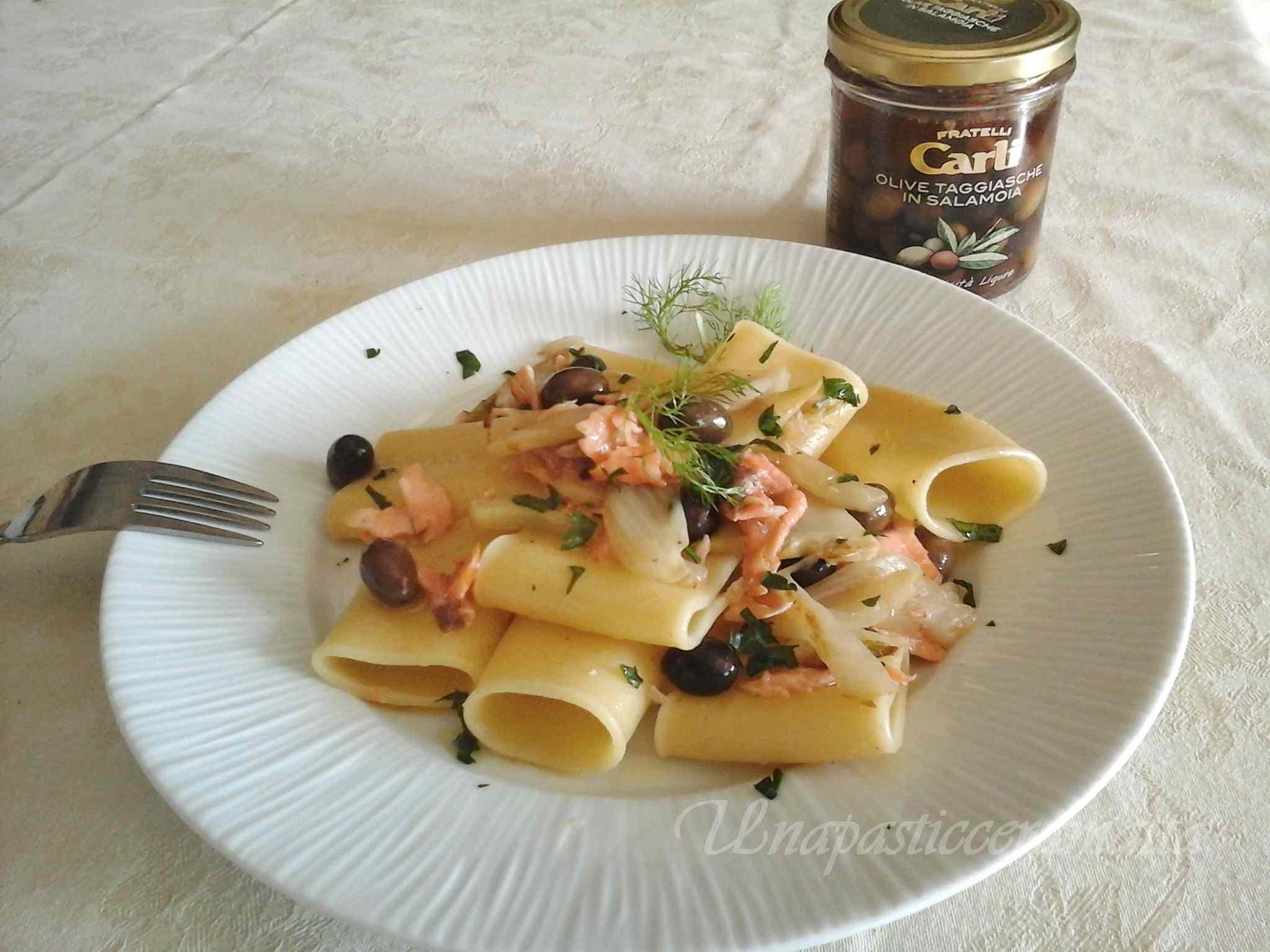 Ricetta: Paccheri salmone, finocchio e olive taggiasche
