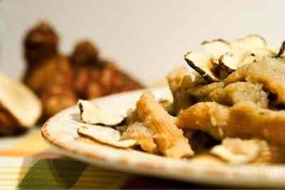 Ricetta: Penne di farro al topinambur cremoso e croccante