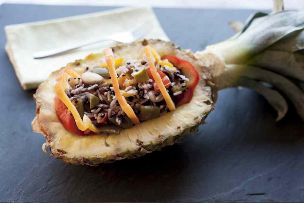 Ricetta: riso in bianco e nero all'ananas e peperoni