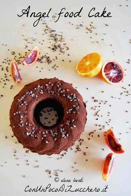 Ricetta: Angel food cake al cacao e agrumi