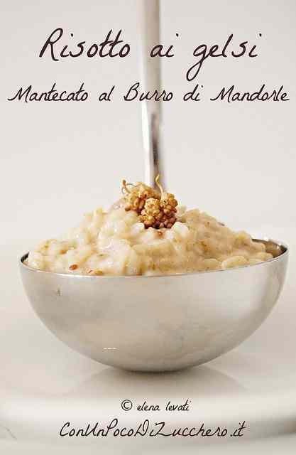 Ricetta: Risotto ai gelsi mantecato al burro di mandorle