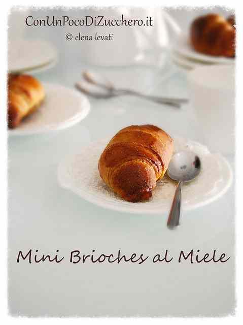 Ricetta: Mini brioches integrali al miele (senza zucchero e senza burro)