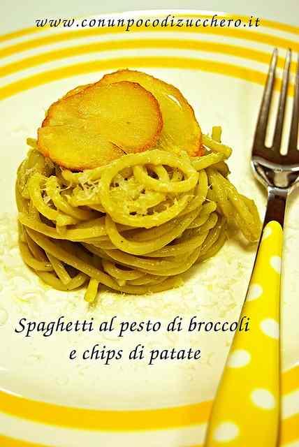 Ricetta: Spaghetti al pesto di broccoli e chips