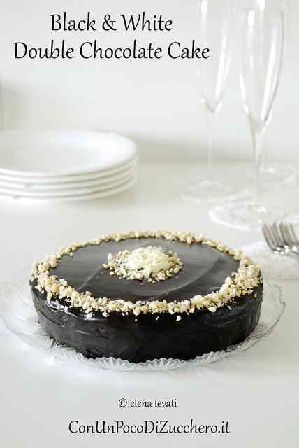 Ricetta: Black and white double chocolate cake