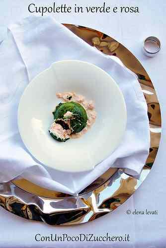 Ricetta: Sformatini di salmone in verde e rosa