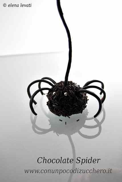 Ricetta: Happy Halloween!! Chocolate spider
