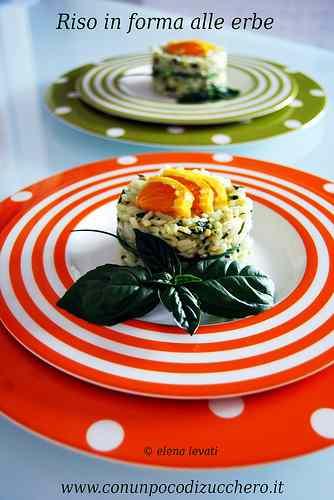 Ricetta: L'arte del riciclo: Sformatini di riso alle erbe aromatiche