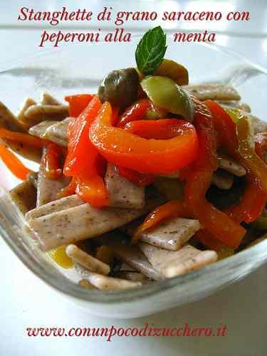 Ricetta: Stanghette di grano saraceno con peperoni alla menta