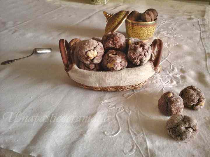 Ricetta: Biscotti con albumi noci e cacao - senza burro